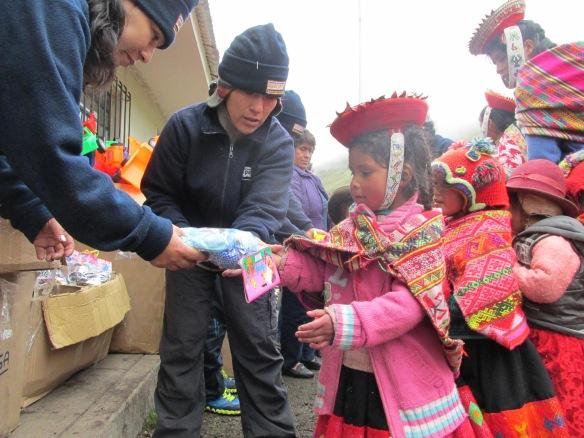 Merry Christmas in Chaullacocha, foto Apus Peru 2014