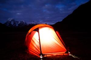 Apus-Peru-camping-equipment-tent