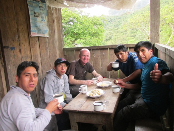 Photo 10 - crew at finish (Espiritu Pampa camp)