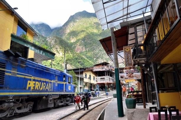 Aguas-Calientes-Peru.jpg